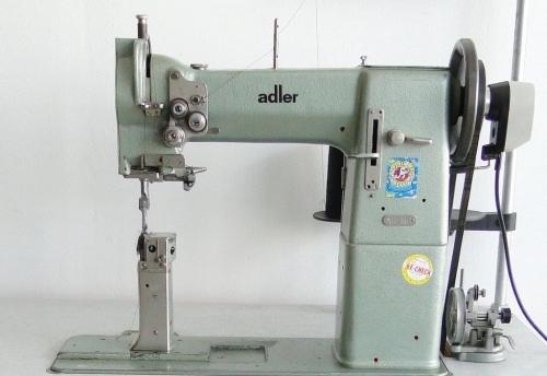 Adler 68-663 Säulennähmaschine gebraucht