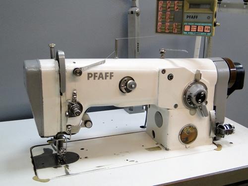 Pfaff 437 Zick-Zack Nähmaschine mit Obertransport, gebraucht