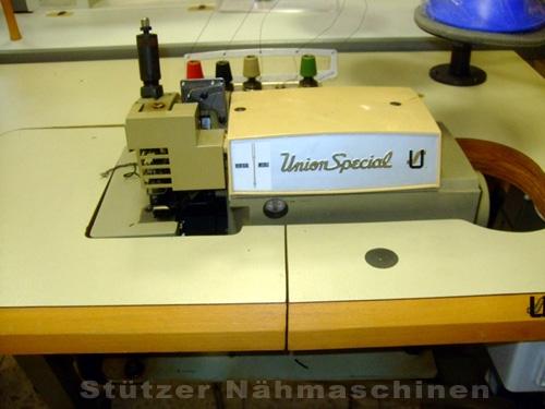 Union Spezial 39800 AY 2-Nadel 5-Faden Überwendling-Nähmaschine